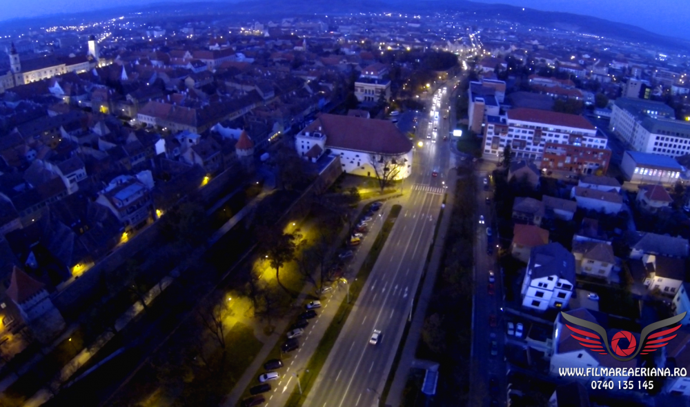 sala-thalia-night-aerial-02