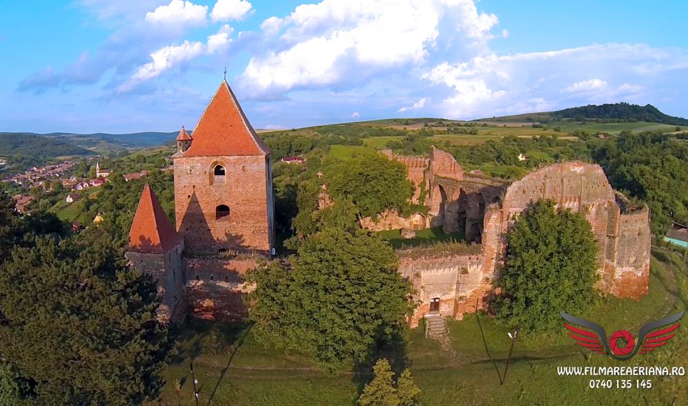 cetatea-fortificata-slimnic-sibiu-aerial-01