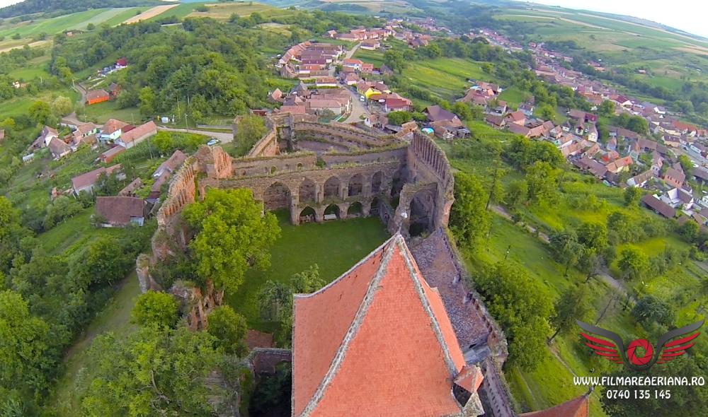 cetatea-fortificata-slimnic-sibiu-aerial-03